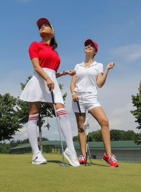 Ukraine hosted the first women's golf tournament among the contenders for the title Miss Ukraine 2019
