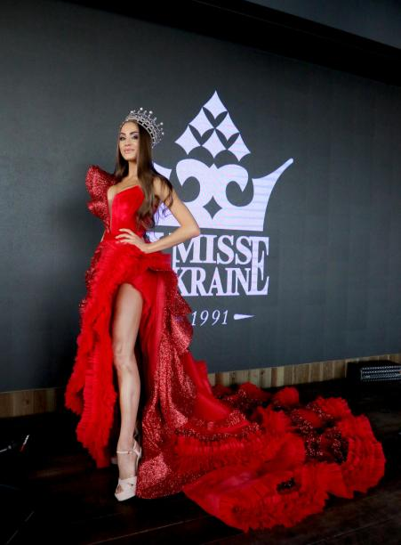 Margarita Pasha presented the final dress for the contest